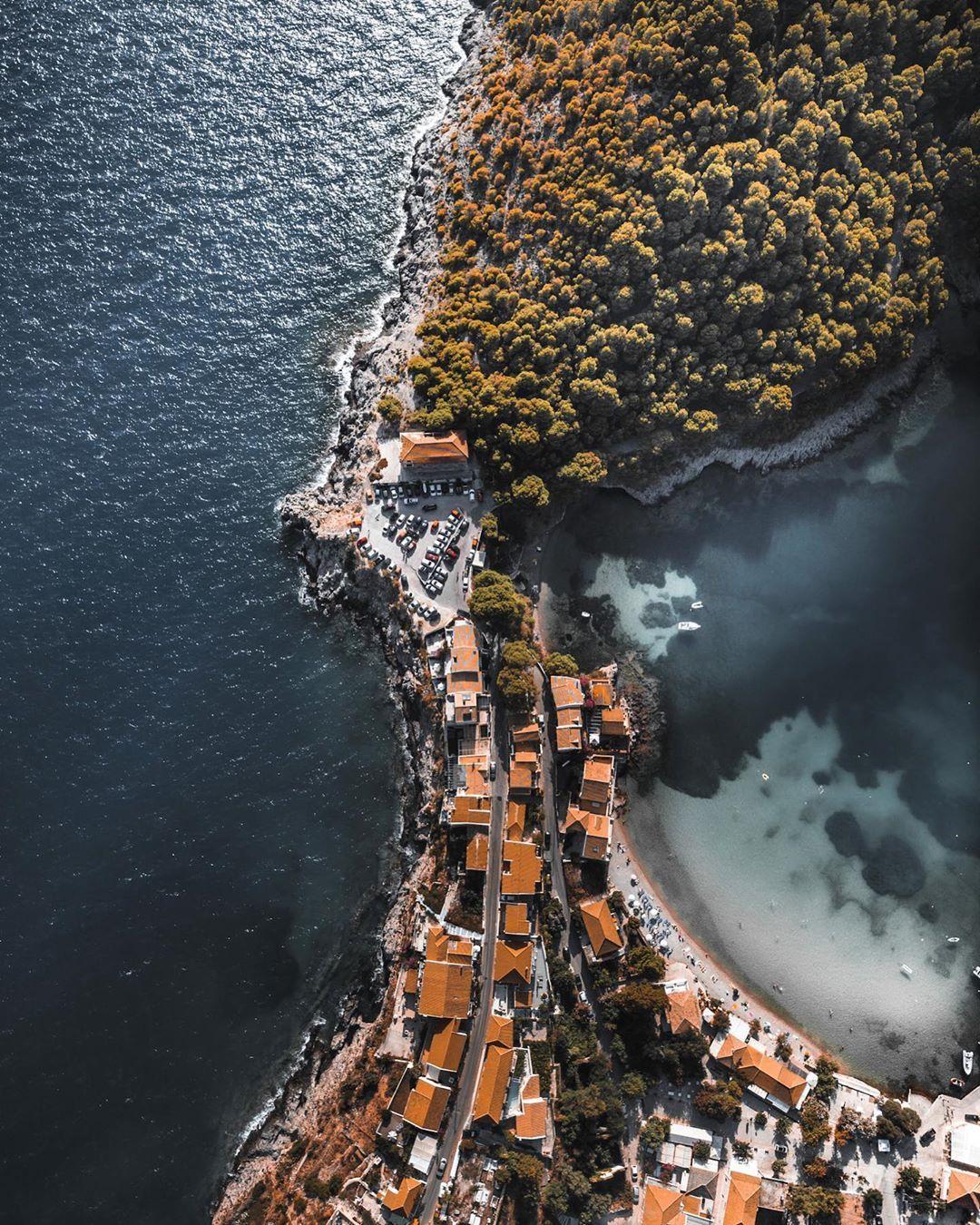 "Antrikos Koutroumanis's Instagram photo: ""• 𝘗𝘦𝘯𝘪𝘯𝘴𝘶𝘭𝘢 𝘰𝘧 𝘈𝘴𝘴𝘰𝘴 • . . .  #GreatShotz #LandScape_Photography #Jaw_Dropping_Shots #Hot_Shotz  #Global_HotShotz #Big_Shotz…"""