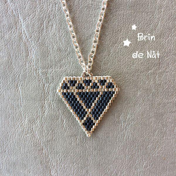 Choker necklace with diamond pendant made of miyuki beads Necklace ras le cou avec   Halsschmuck