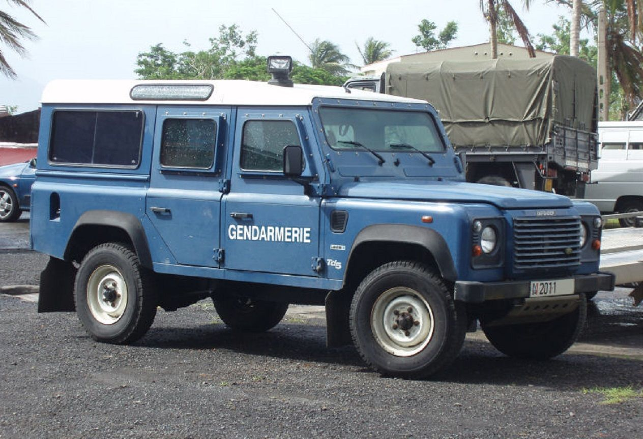 Land Rover Defender 110 Blinde Gendarmerie Nationale France