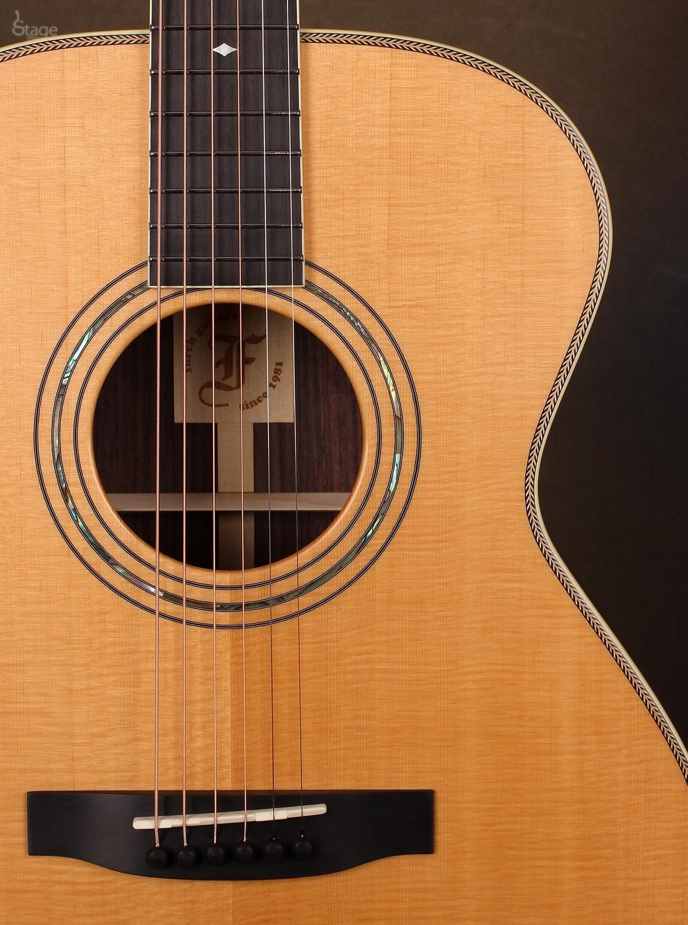 Furch Om34 Sr Custom Slot Akusztikus Gitar Best Acoustic Guitar Acoustic Guitar Electric Guitar Design
