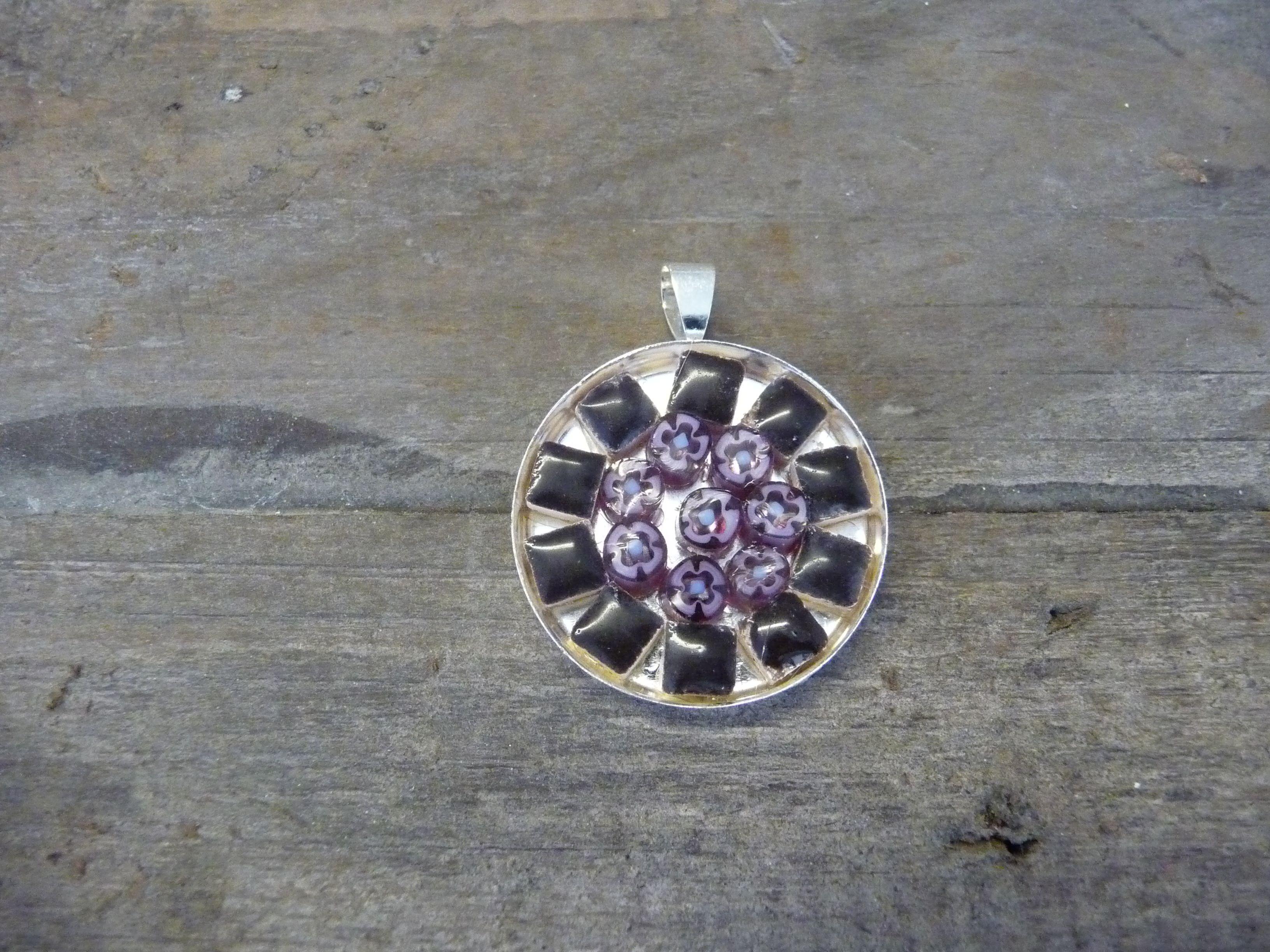 Ronde mozaiek hanger zwart/paars