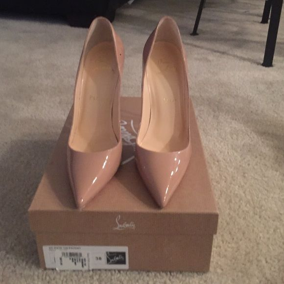 Christian Louboutin So Kate 120 patent preowned Authentic so kate christian louboutin 120 patent beige Christian Louboutin Shoes Heels
