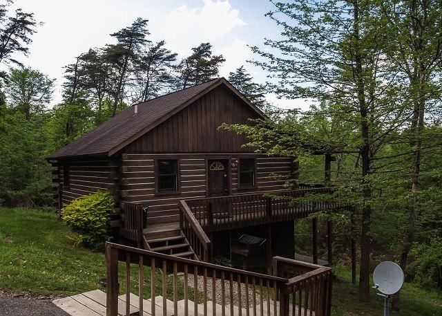 Man Cave Rentals : Hemlock cabin hocking hills cabins old man's cave chalets july