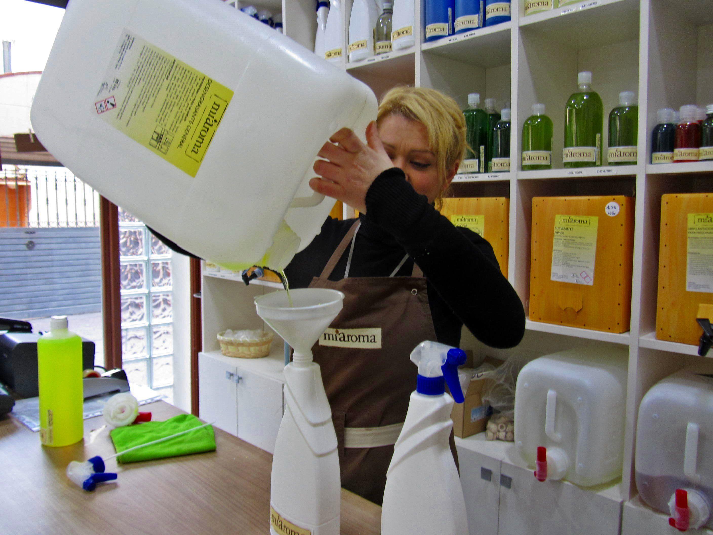 Rellenamos Tus Envases Venta A Granel Www Miaroma Net Productos De Limpieza Ecologicos Tiendas Ecologicas Tiendas
