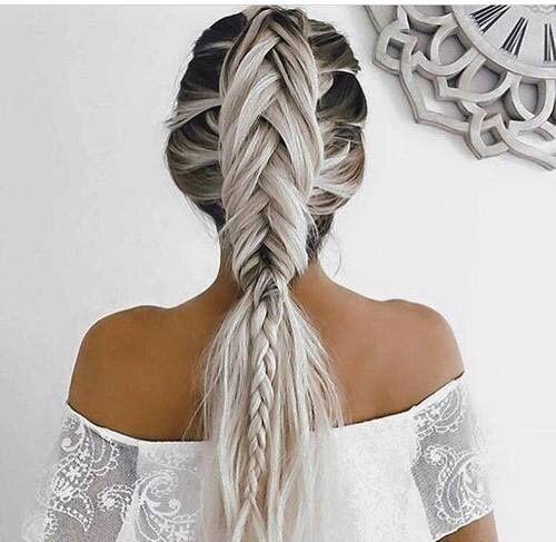 Treccia - biondo platino  #blonde #trecce #summer #white  www.gateoneparrucchieri.it