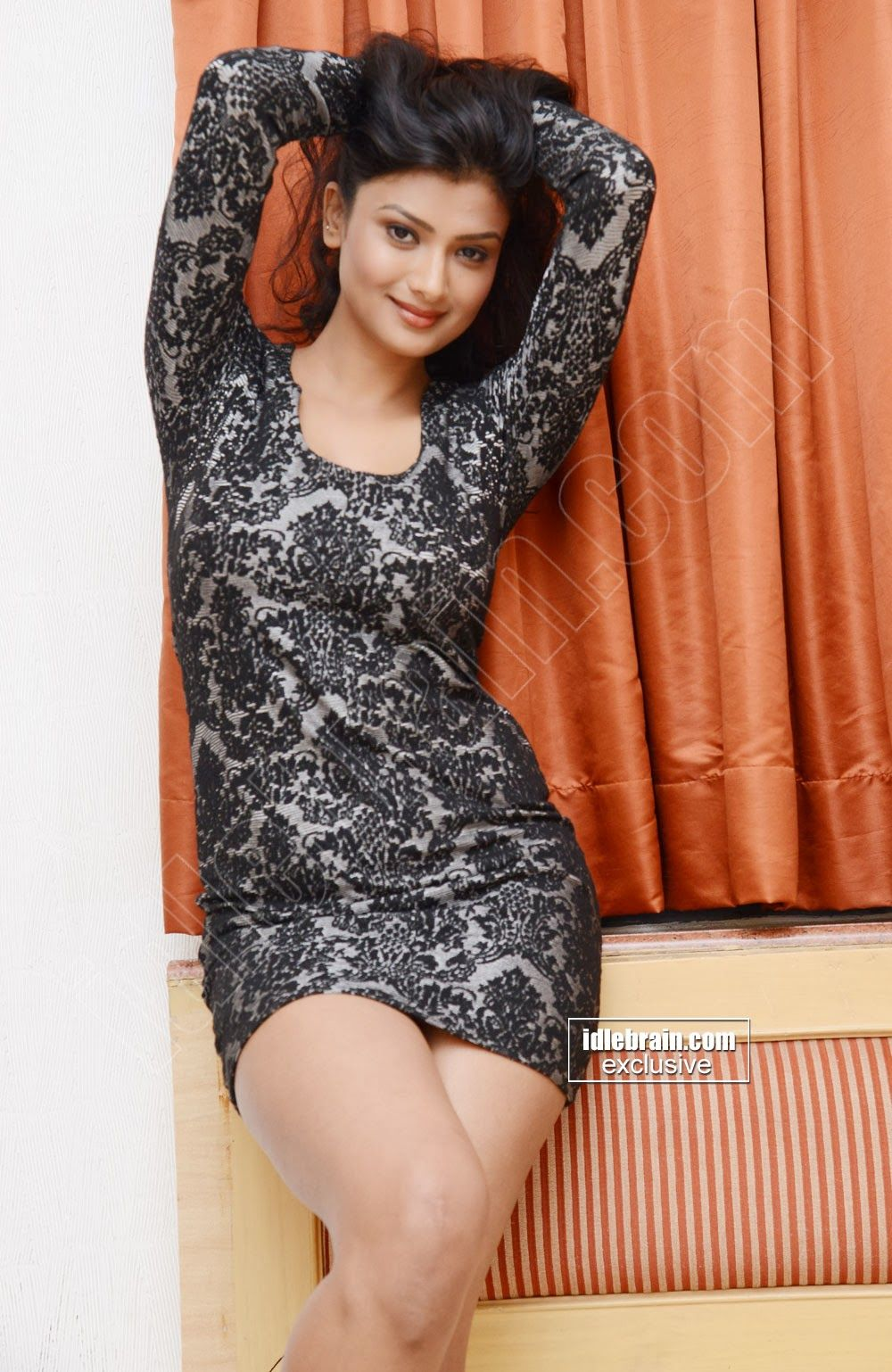 Ishita Vyas aka Manju Vyas Fashion, Bodycon dress, Yash