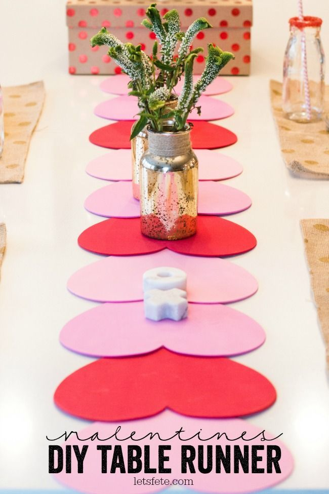 Valentines DIY Table Runner | A Night Owl Blog