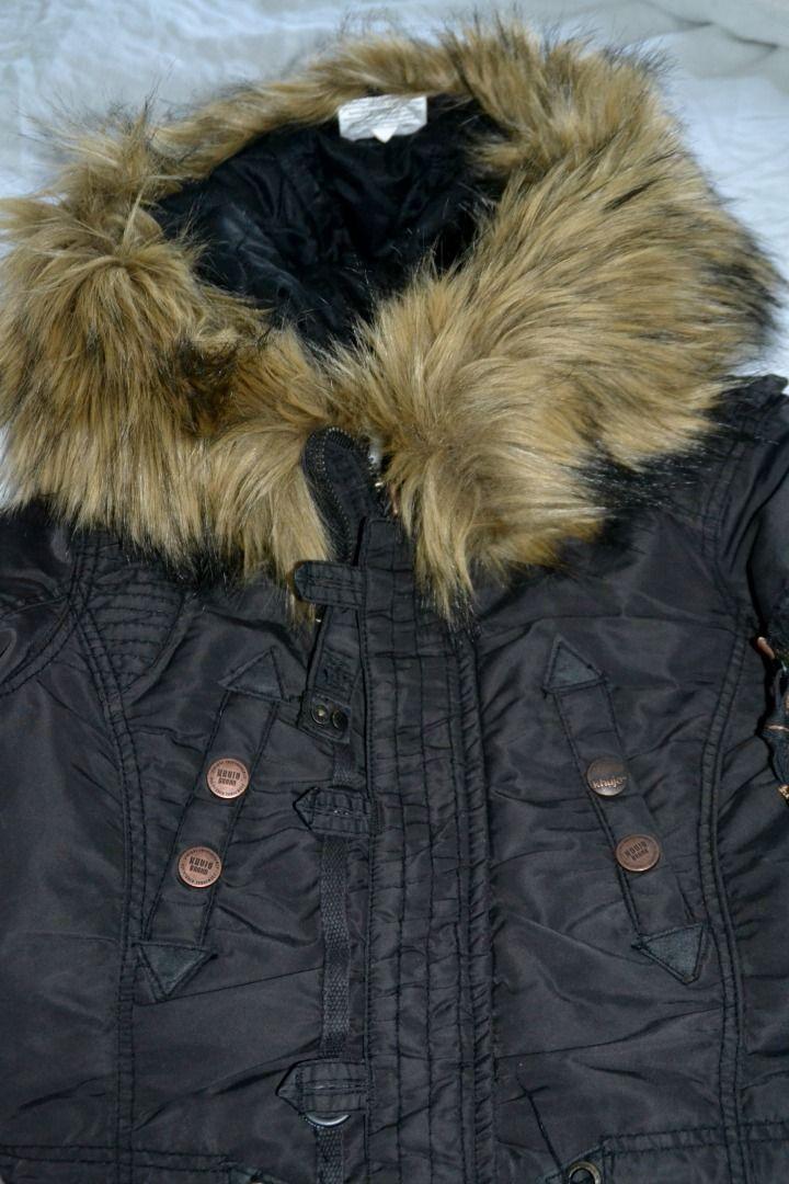 Super, super fed vinterjakke fra Khujo indkøbt til det super, super kolde vintervejr i Wisconsin.