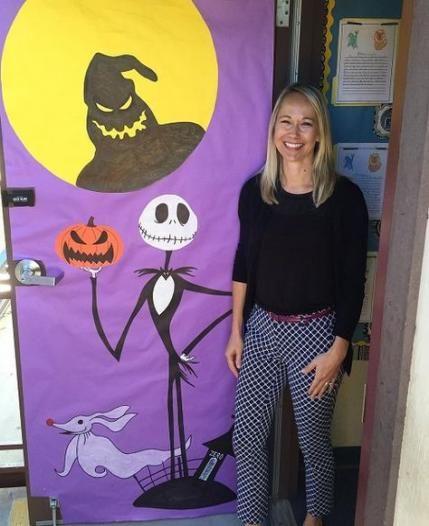 Door Decorations Classroom Halloween Witch 36+ Ideas #halloweendoordecorations