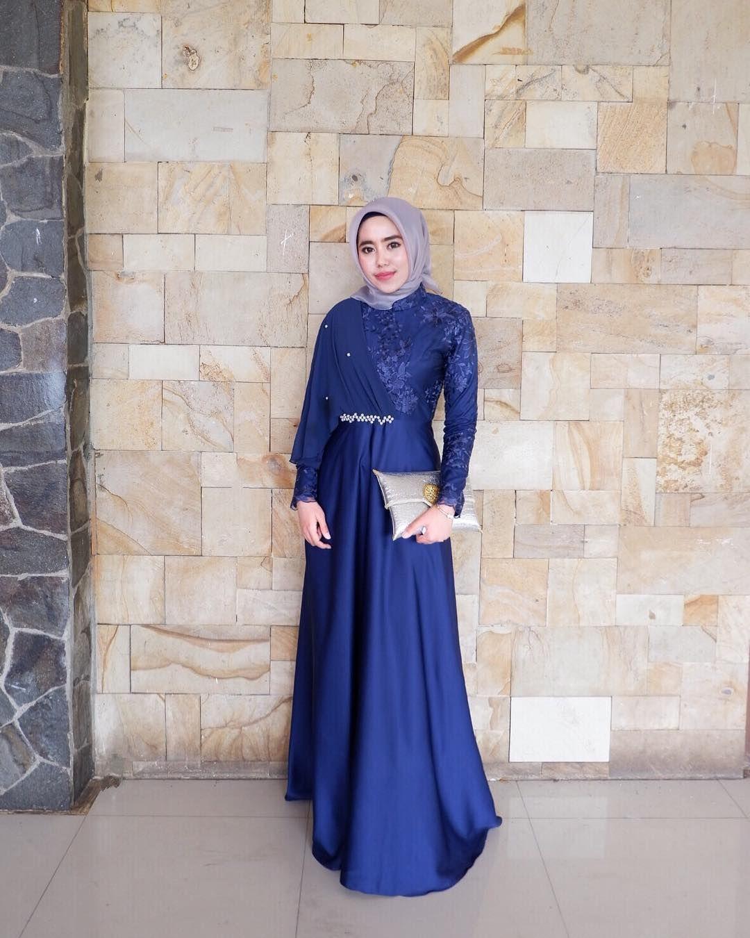 11+ Kebaya Hijab dengan Jahitan Unik di Pundak dan Dada. Psst
