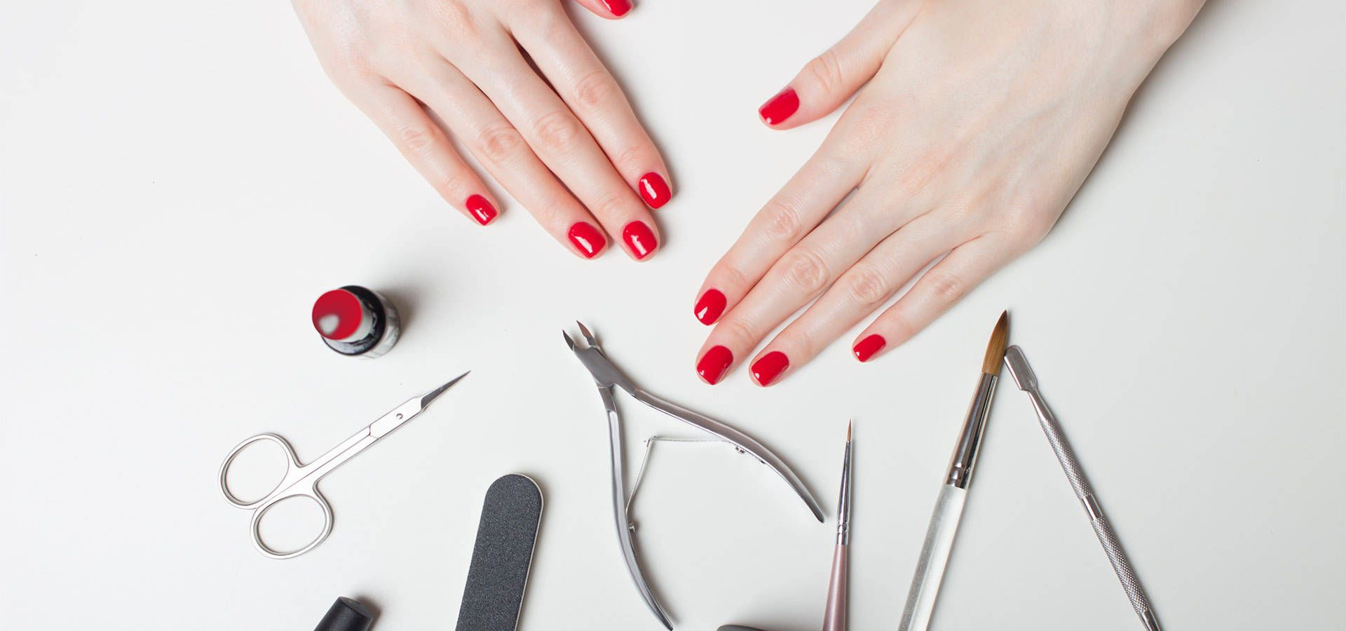 Zelf Doen Een Manicure Manicure Thuis Manicures Nagel Tips