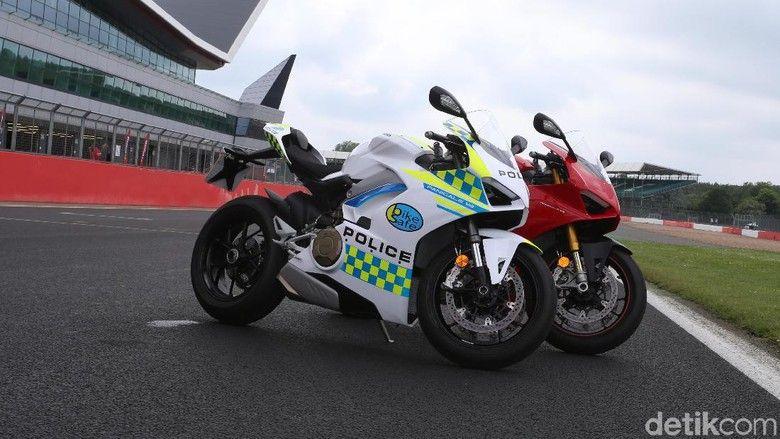 Foto Ducati Inggris Ducati Kendaraan Polisi