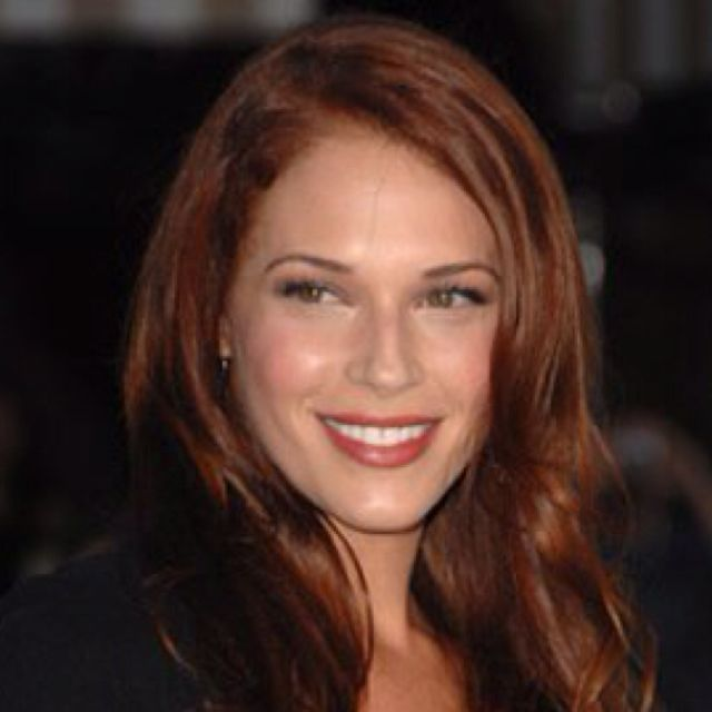 This Is Who I See As Brianna Fraser In The Outlander Series
