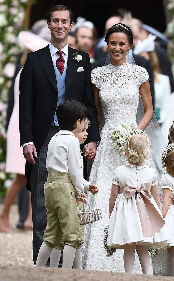 Pippa Middleton And James Matthews In First Kiss As Married Couple As They Leave Wedding Pippa