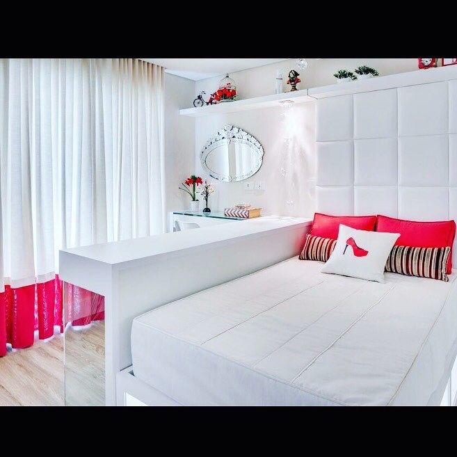 Colchas, almofadas e cortinas executados por Adornie para Duomo Interiores-Liliane Barreiros e Rosangela Pauli