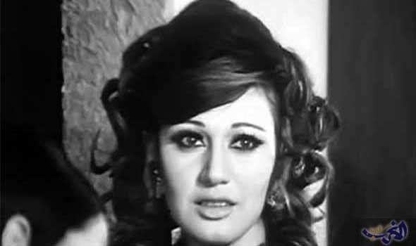 أصدقاء الشيطان يتسب ب في تراج ع مديحة كامل عن الاعتزا Egyptian Beauty Egyptian Actress Egyptian Movies