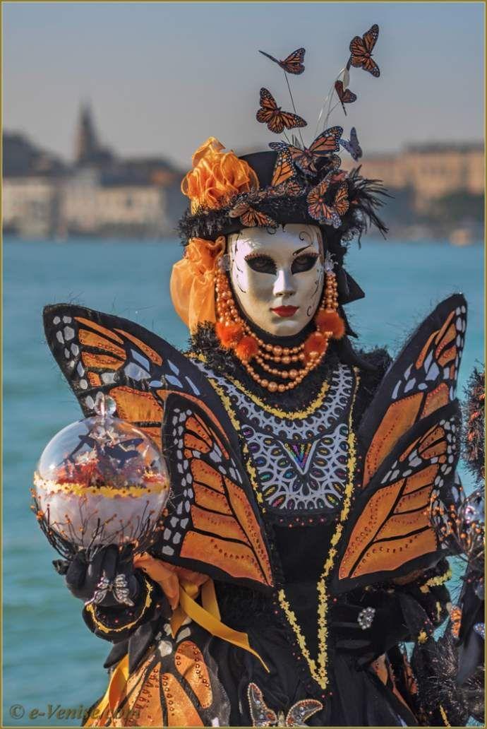 carnaval de venise les masques et costumes masques venitiens carnaval de venise carnaval et. Black Bedroom Furniture Sets. Home Design Ideas