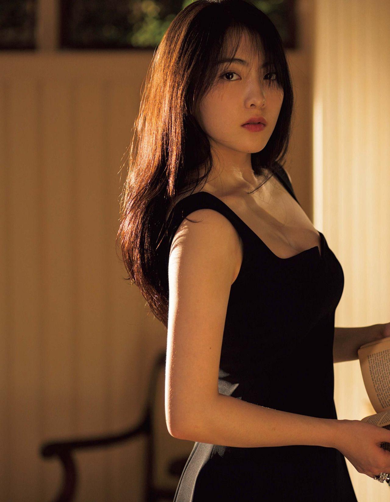 Gameshow asian girls sexy calendar