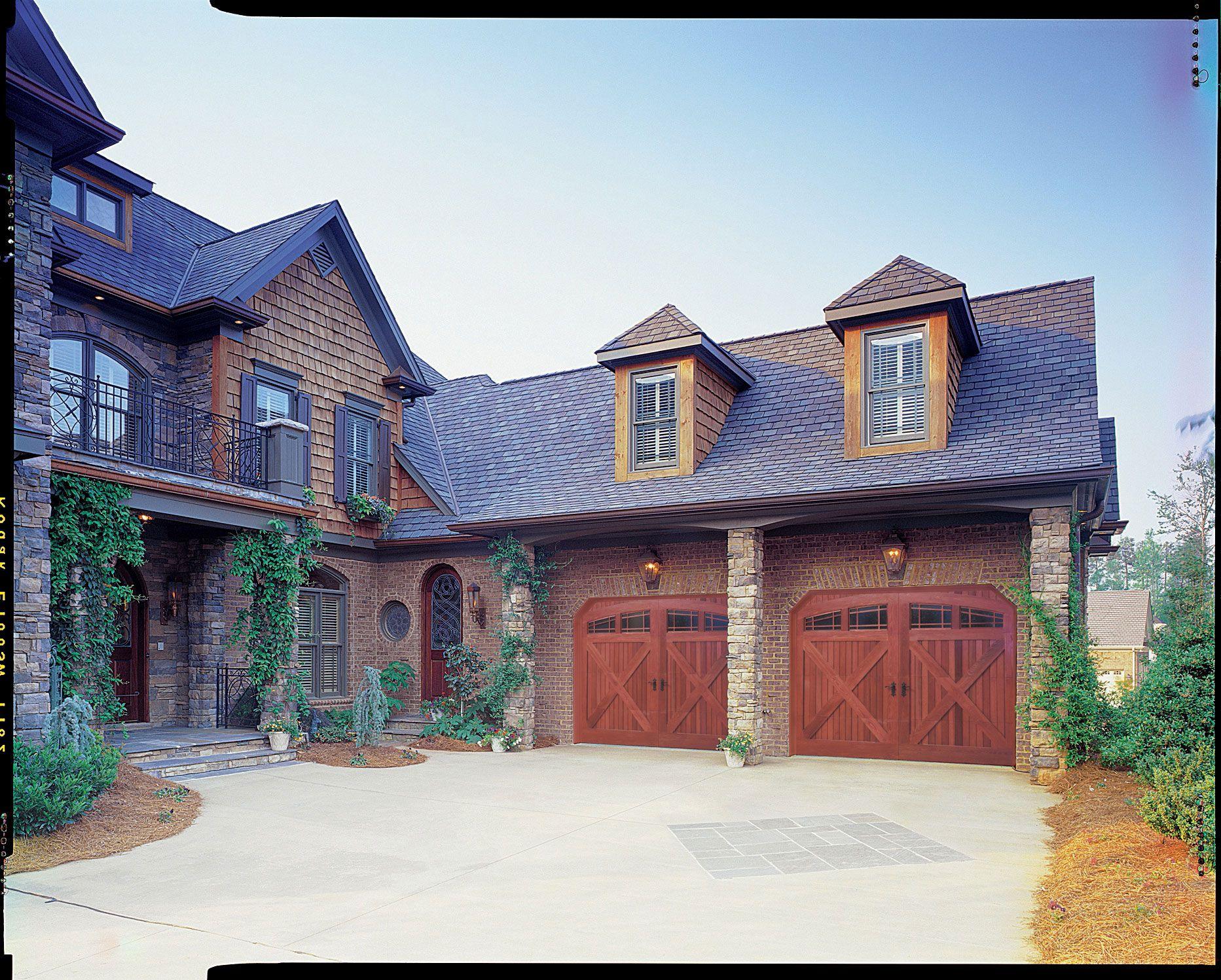 Garage Doors Residential And Commercial Amarr Garage Doors Custom Garage Doors Garage Door Types Garage Door Styles