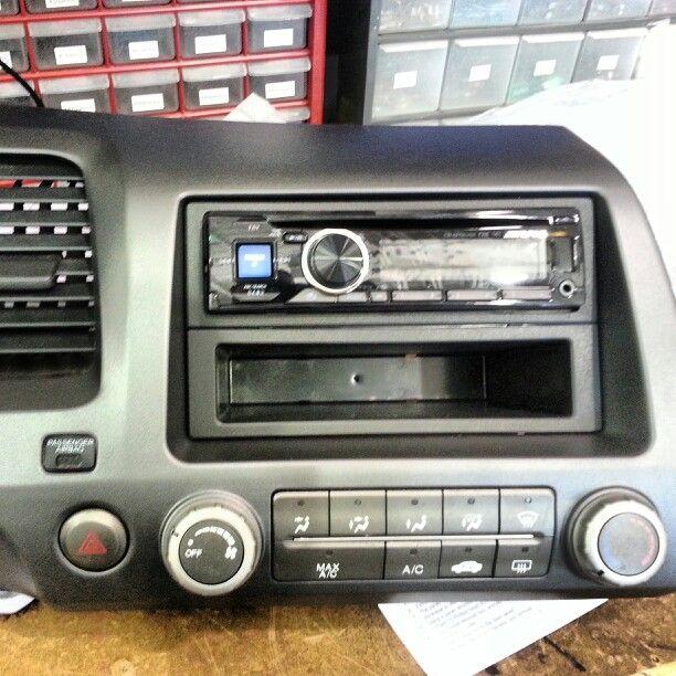 Alpine radio install in honda civic   car audio installs   Car audio