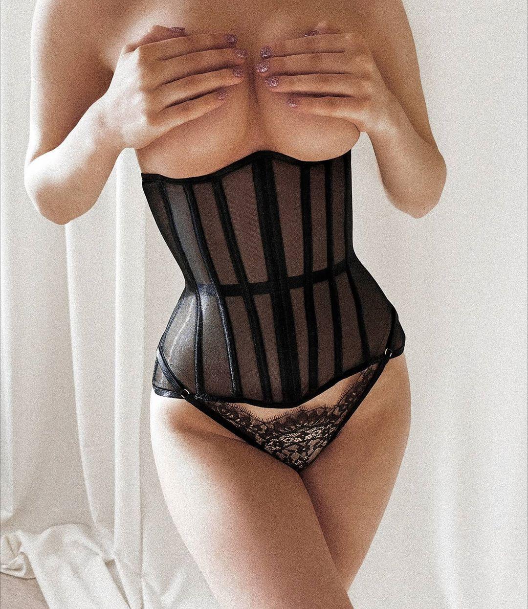 корсет и женское белье