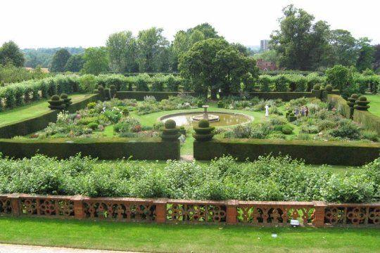 Elizabeth S German Garden In Pomerania With Images Parterre