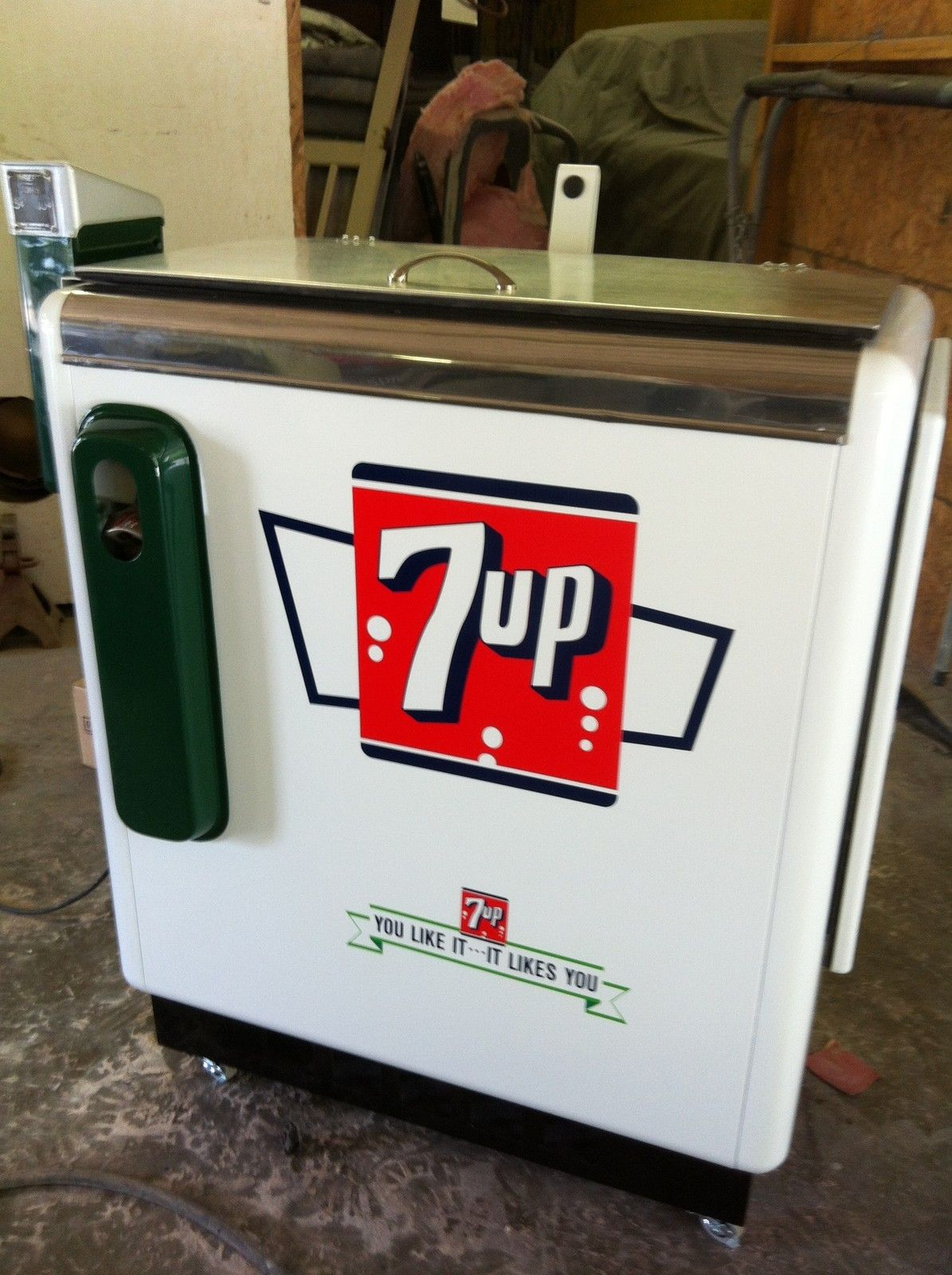 Ideal 55 Slider Coke Machine Restored 7up | eBay | Coke ...