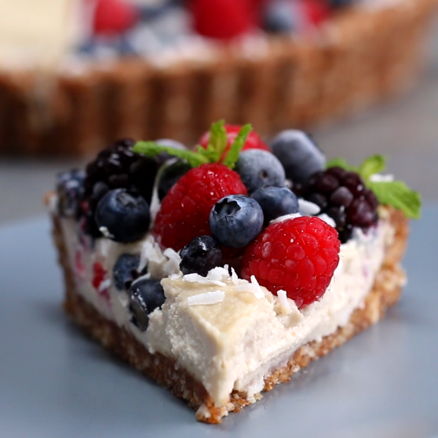 Dairy-Free Berries & Cream Tart #desserts