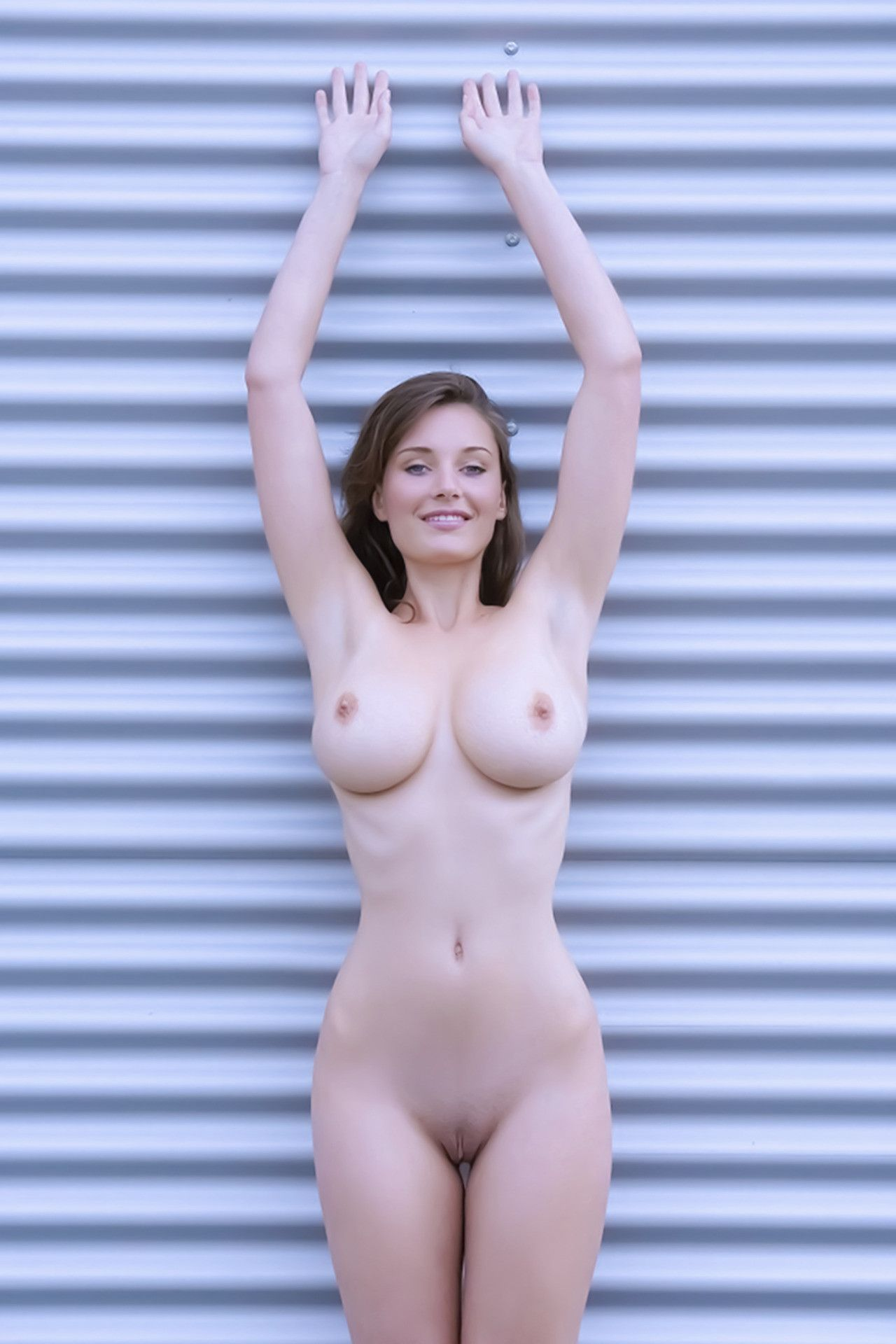 hand-up-naked-girls-before-after-tehragirls-porn