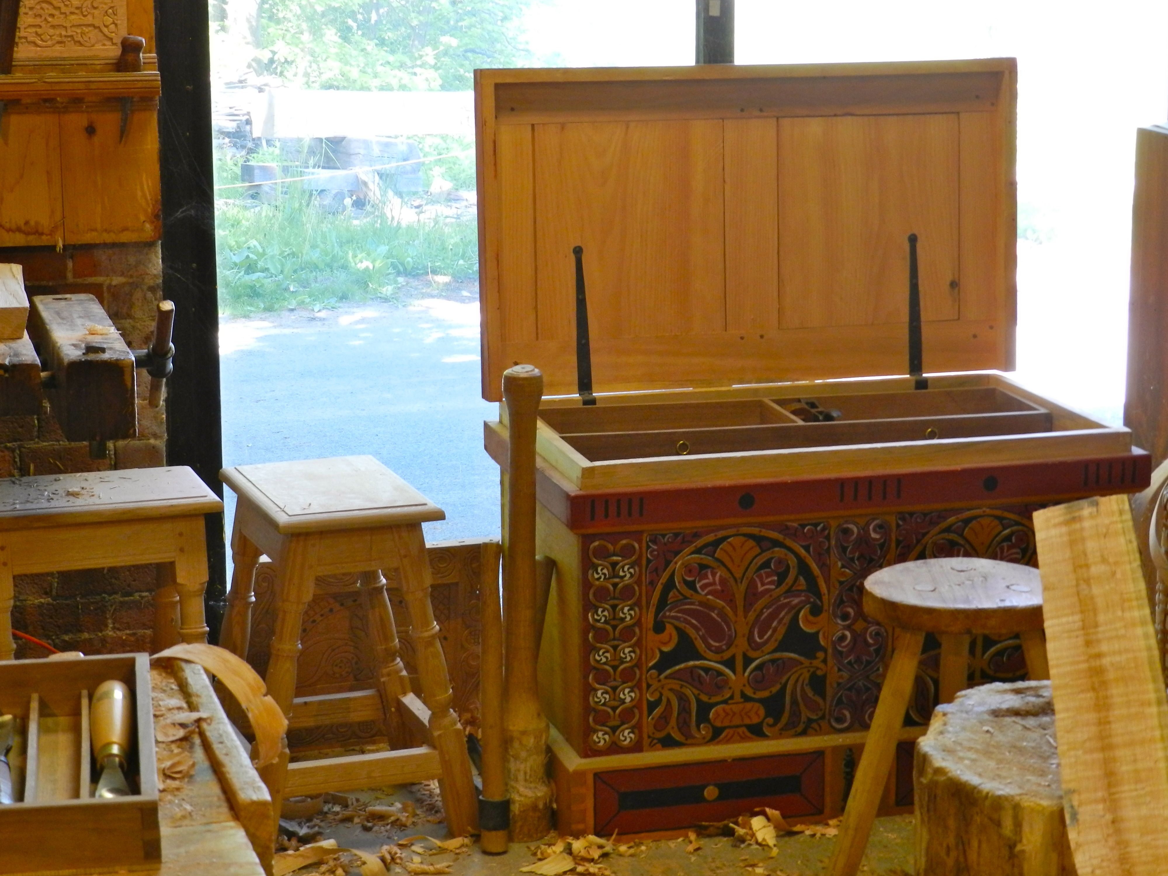 Peter Follansbee S Take On The Anarchist S Toolchest Woodworking Inspiration Tool Chest Tool Storage