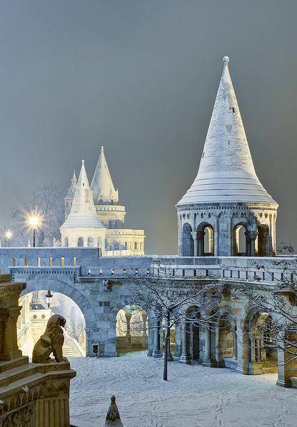 Weihnachtsbilder Pinterest.Snowy Budapest Christmas Image Via Imagefave On Pinterest Top