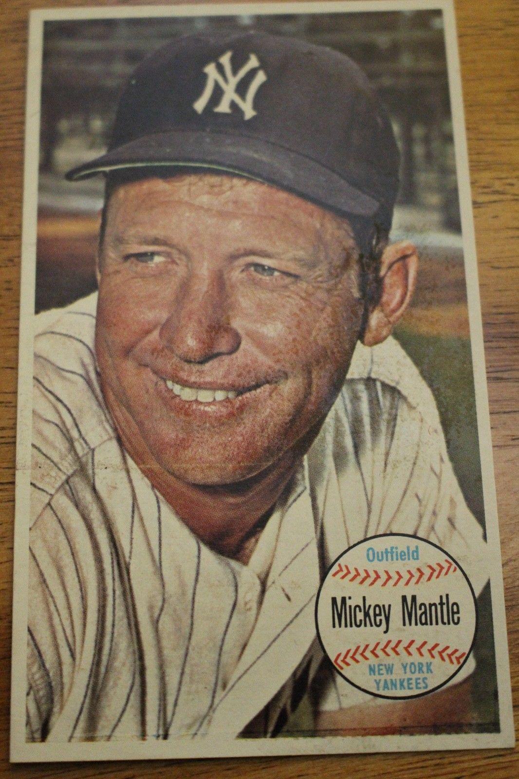 1964 Topps Giant Set Break 25 Mickey Mantle VERY GOOD
