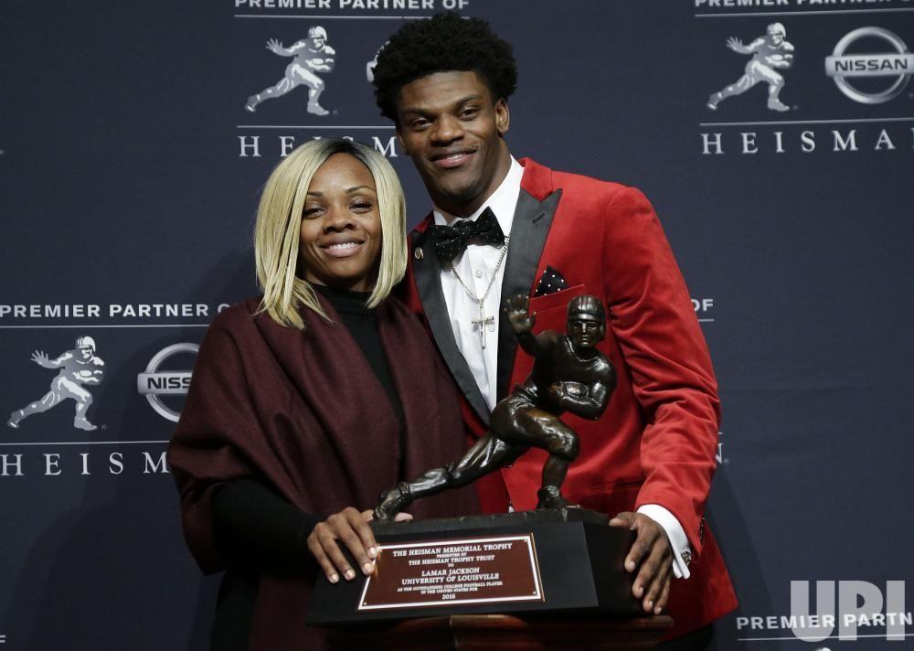 Lamar Jackson S Mother Felicia Jones Bio Wiki Lamar Jackson Jackson Quarterback