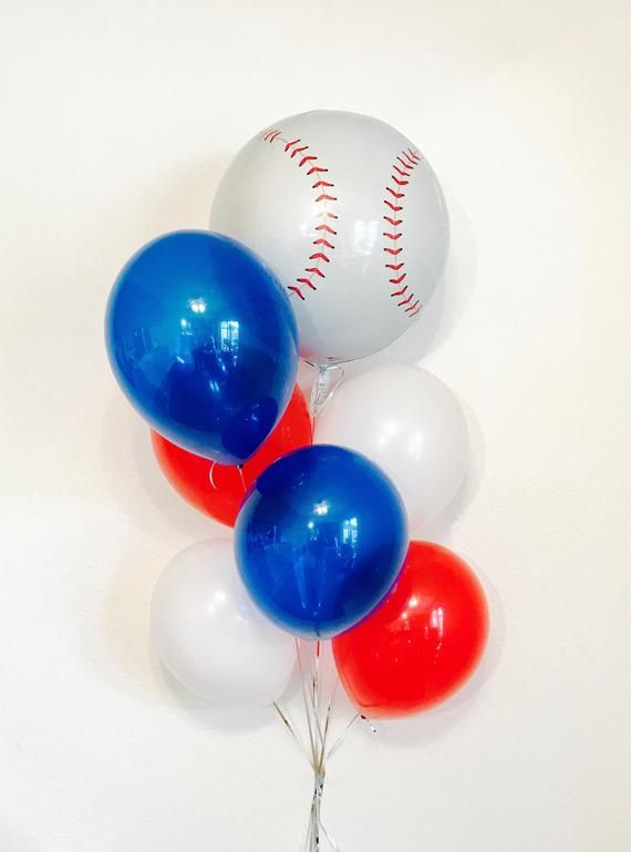Photo of Baseball Balloon Decorations