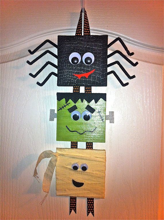 Halloween Door Decor craft | DIY Halloween ideas | cute spider frankenstein and mummy & Halloween Door Decor craft | DIY Halloween ideas | cute spider ... pezcame.com