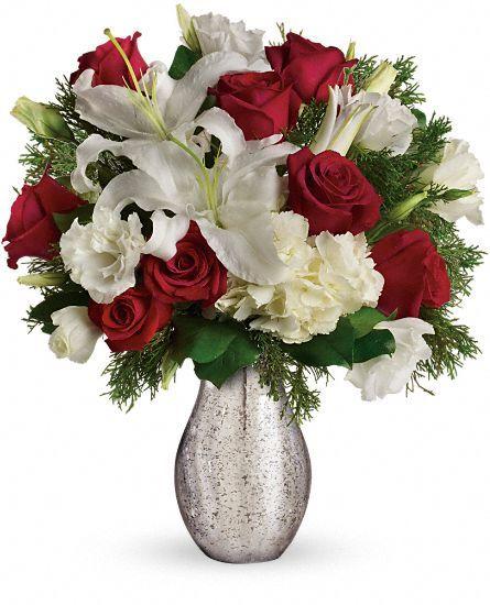 A Christmas Kiss By Teleflora Winter Flower Arrangements Christmas Flowers Beautiful Bouquet Of Flowers