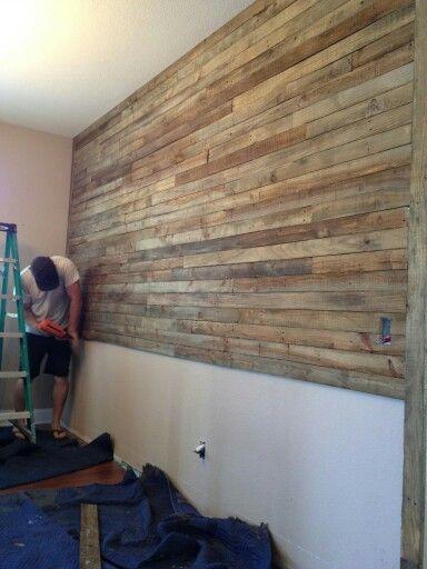 Pallet wood wall (use a brad nailer) Virginia Living! Pinterest