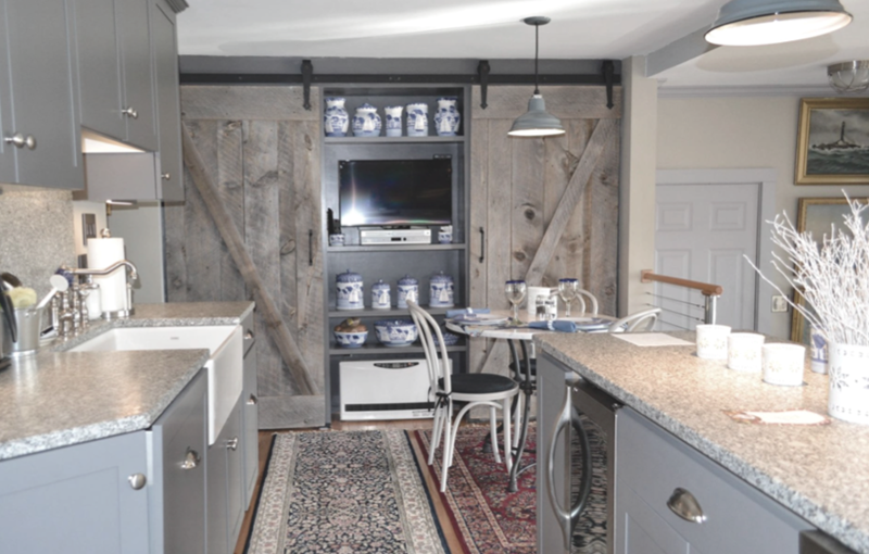 Modest Yet Modern Country Cottage Kitchen Rustic