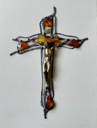 Cross amber