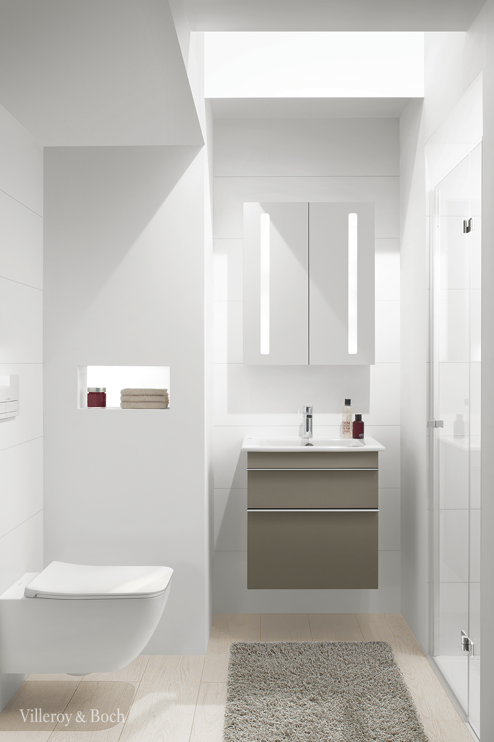 A Mirror Cabinet In Your Guest Bathroom The Ideal Way To Store Your Guests Things In 2020 Small Bathroom Plans Bathroom Furniture Mirror Cabinets