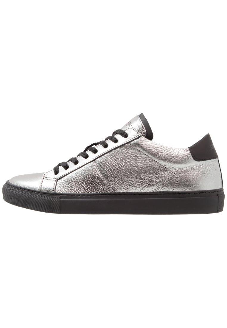 eae3eef1b87de ¡Consigue este tipo de zapatillas bajas de Antony Morato ahora! Haz clic  para ver