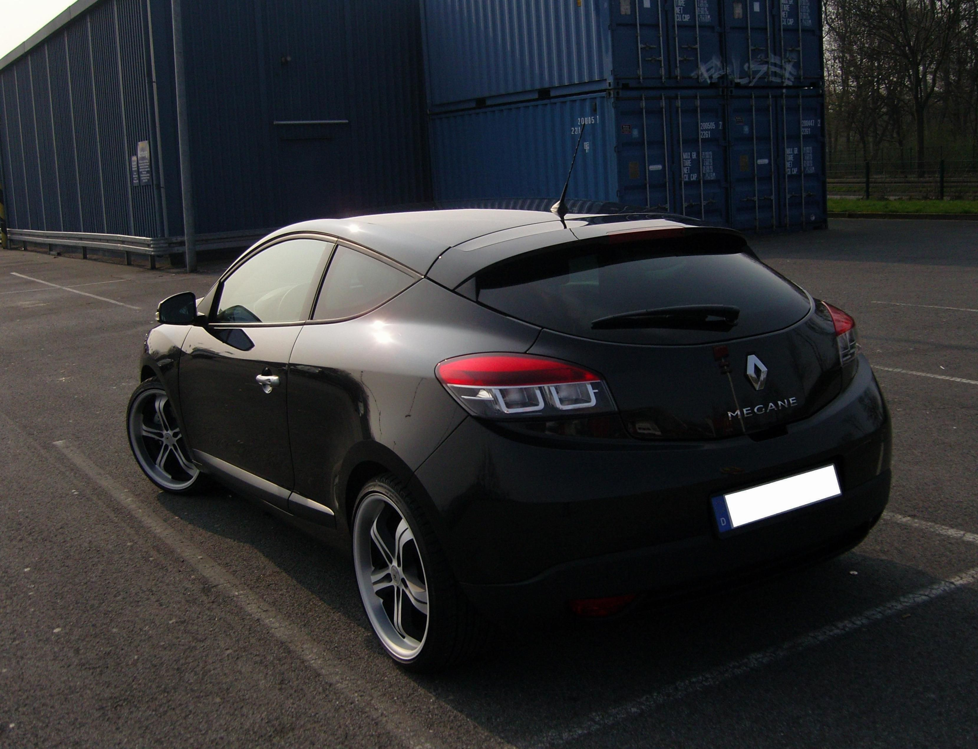 Renault Megane Coupe Photos And Specs. Photo: Renault Megane Coupe Used And  21 Perfect Photos Of Renault Megane Coupe