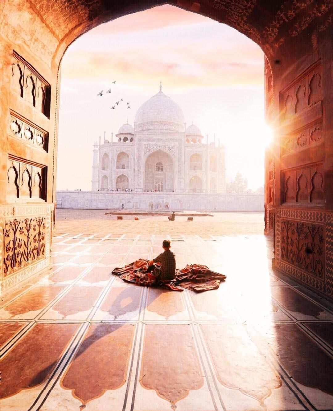 The Taj Mahal, Agra - India ✨❤️❤️❤️✨ Picture by ✨✨@jamesrelfdyer✨✨ . #wonderful_places for a feature ❤️