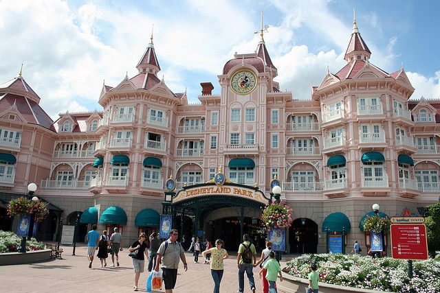 Un soggiorno di lusso al Disneyland Hotel Paris ...