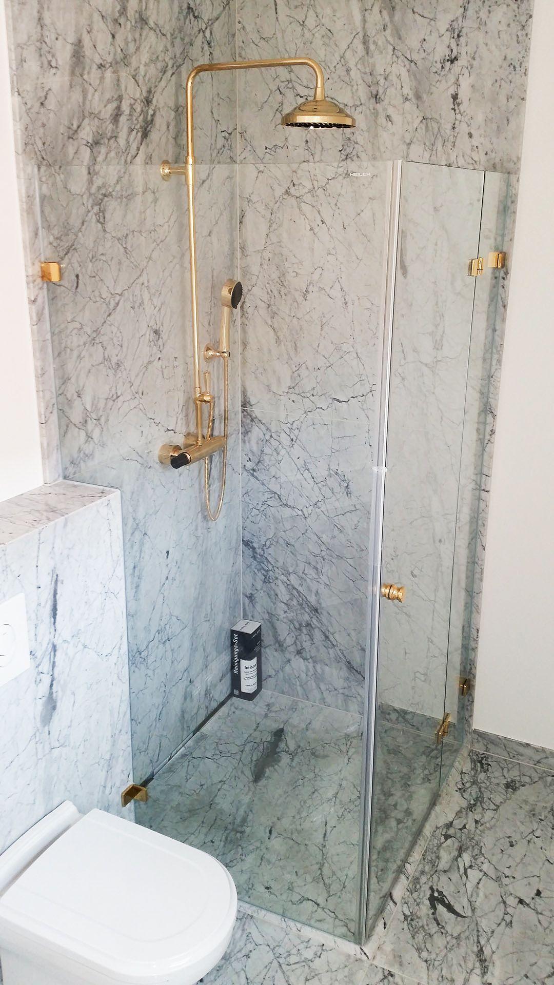 Messing Marmor Im Bad Glasduschen Kleine Badezimmer Badezimmereinrichtung