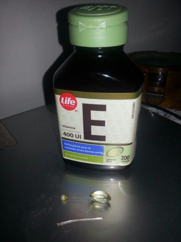 Votre bébé  a une irritation sévère au fesses? ....appliqué une a 2 gélules de vitamines E avant  la crème se zinc 2-3jours et vous verrez une nette amélioration (pour utiliser les gélules  il suffit de la piquer  d'une aiguille  et peser pour en faire sortire l'huile ) Les 2  meilleur crèmes de zinc sur le marché  canadien sont la pâte d'îles  (au Québec ) et le Desitin ailleur