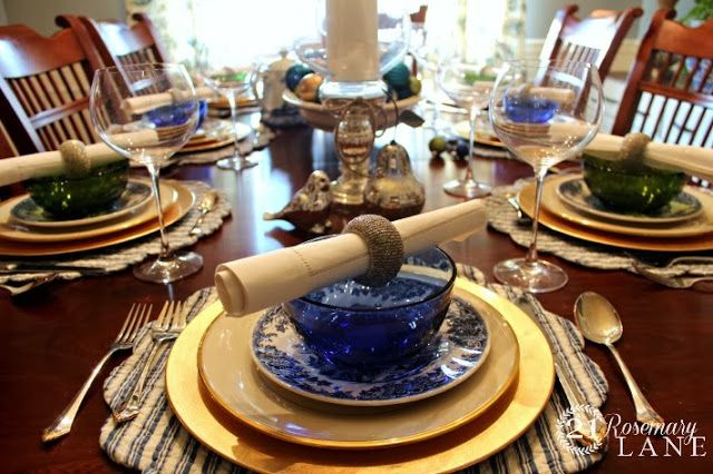 Christmas Table of Blue, Green and a Little Bit 'o Bling!