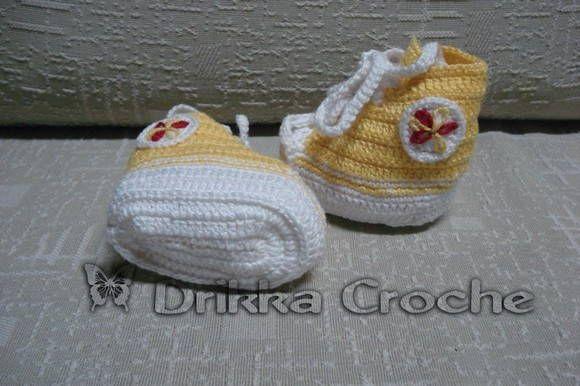 Tenis modelo All Star em croche <br>feito em linha de algodão de qualidade <br>Deixe seu bebe na Moda