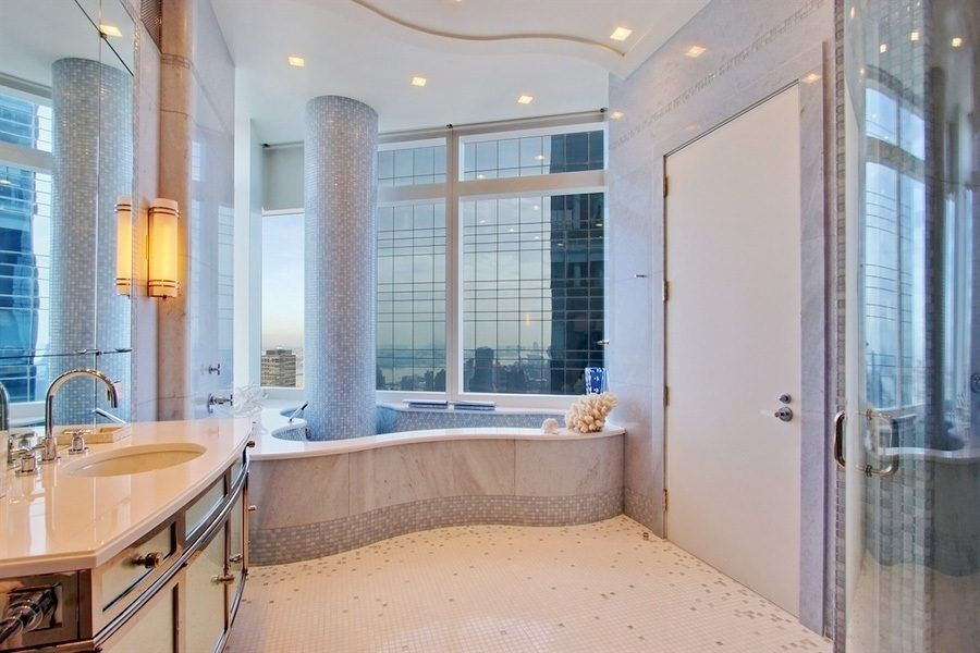 Russian American Paris Hilton Relists 50m Nyc Penthouse