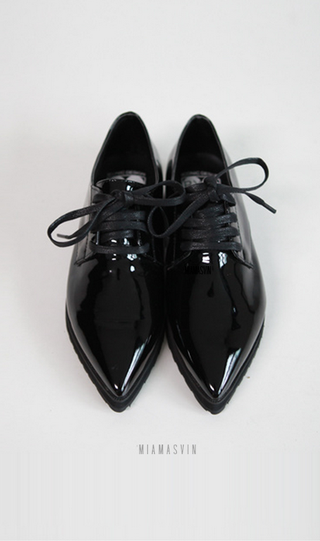 Pointed Toe Oxford Shoes- Life would be